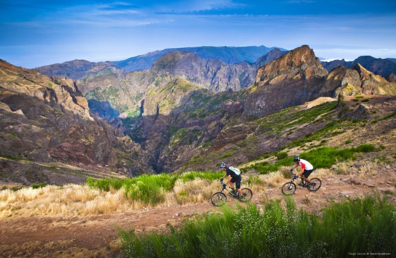 Mountain biking tour - Pico do Areeiro